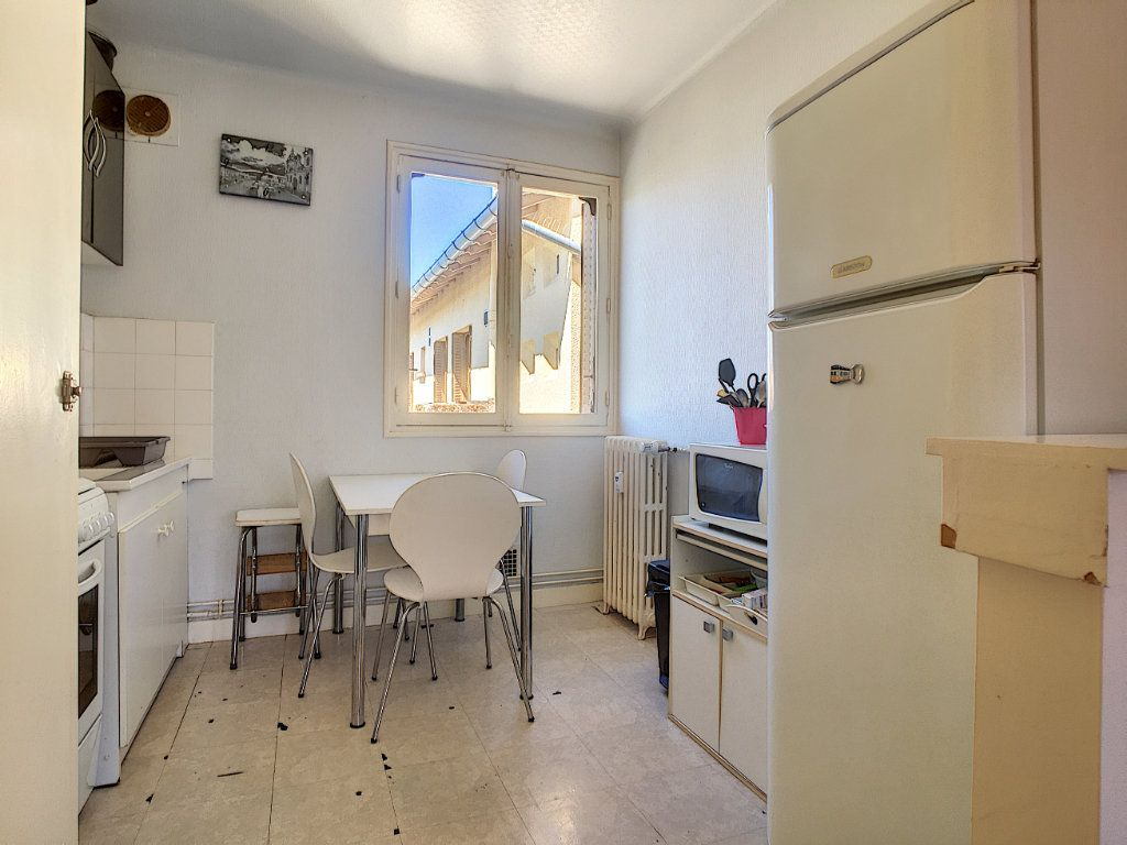 Appartement à vendre 3 58m2 à Aurillac vignette-4