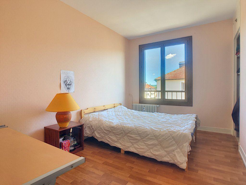 Appartement à vendre 3 58m2 à Aurillac vignette-6