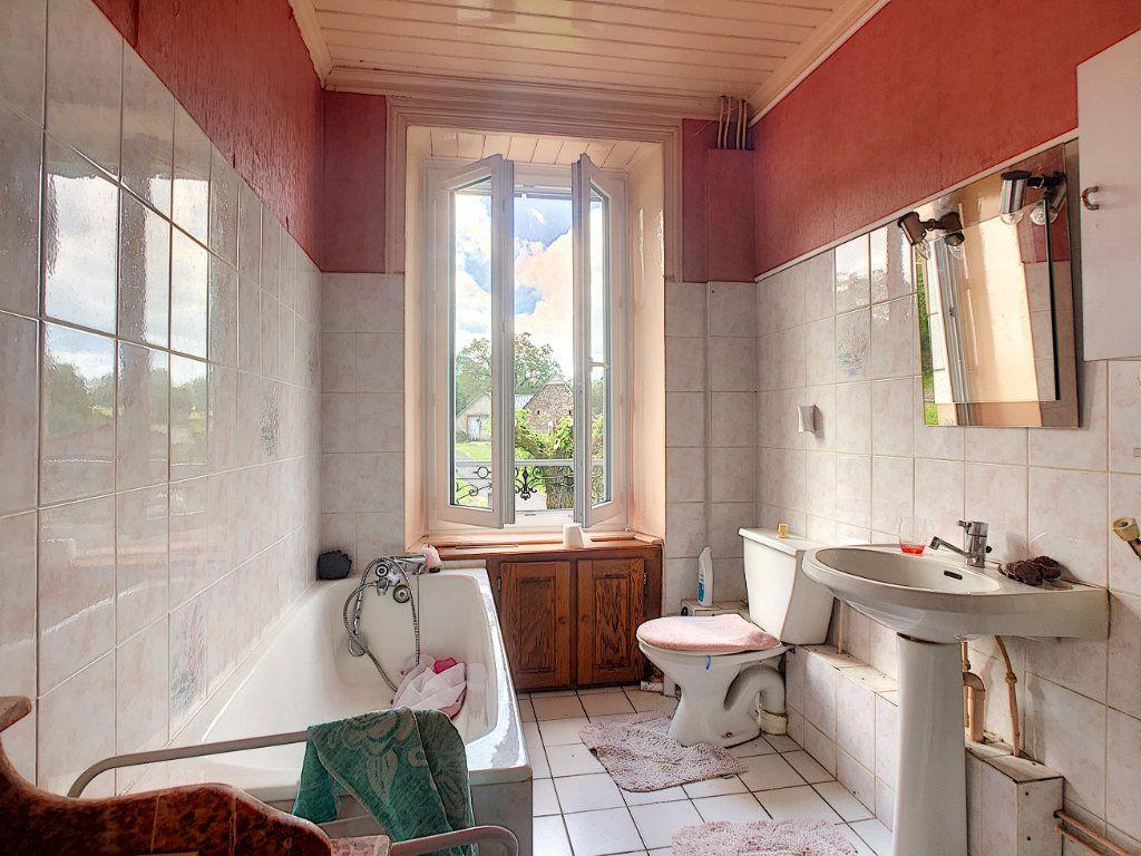 Maison à vendre 7 200m2 à Saint-Bonnet-de-Salers vignette-9