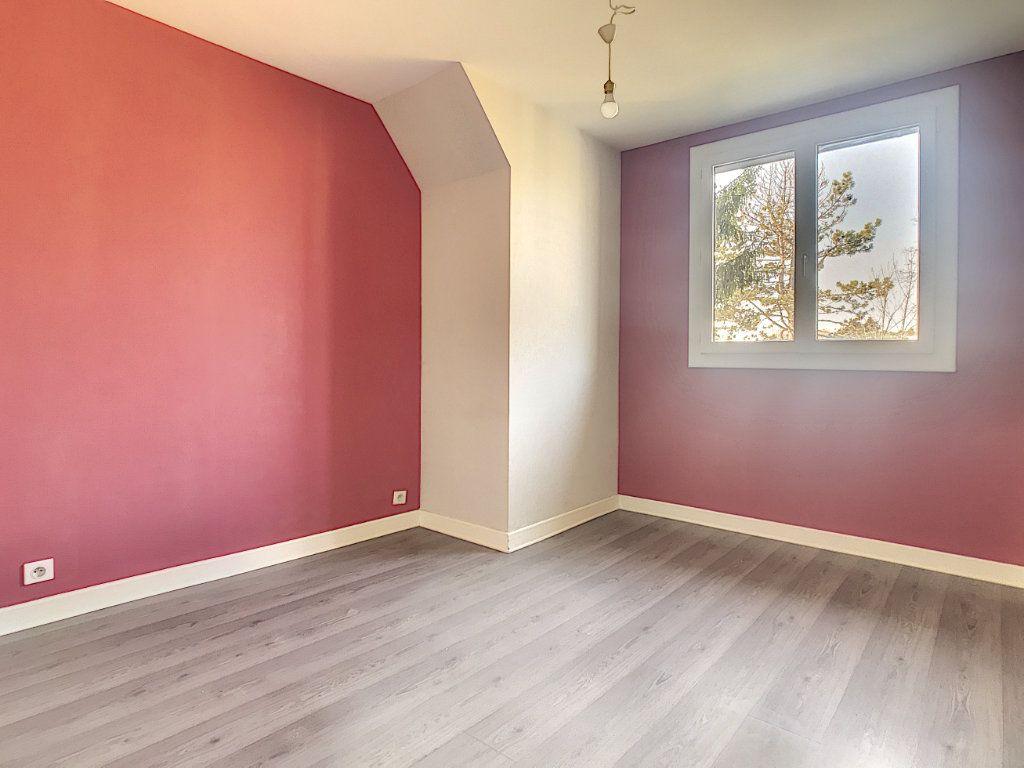 Maison à louer 5 94.89m2 à Aurillac vignette-9