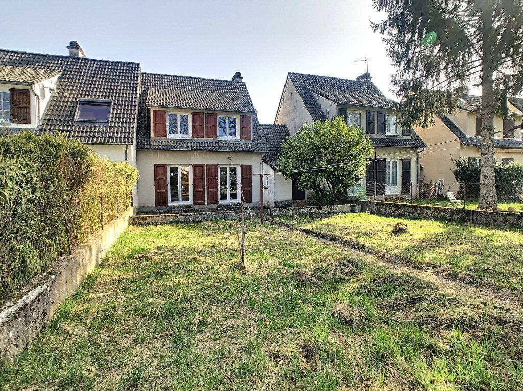 Maison à louer 5 94.89m2 à Aurillac vignette-13