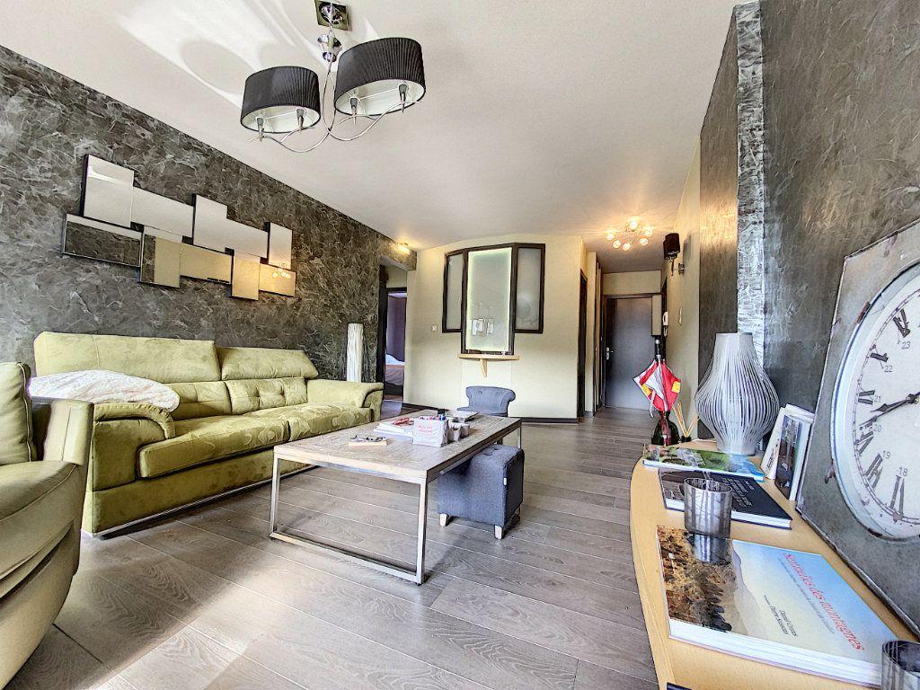 Appartement à vendre 3 68m2 à Aurillac vignette-4