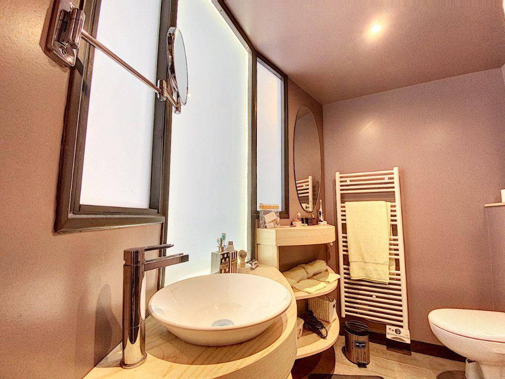 Appartement à vendre 3 68m2 à Aurillac vignette-8