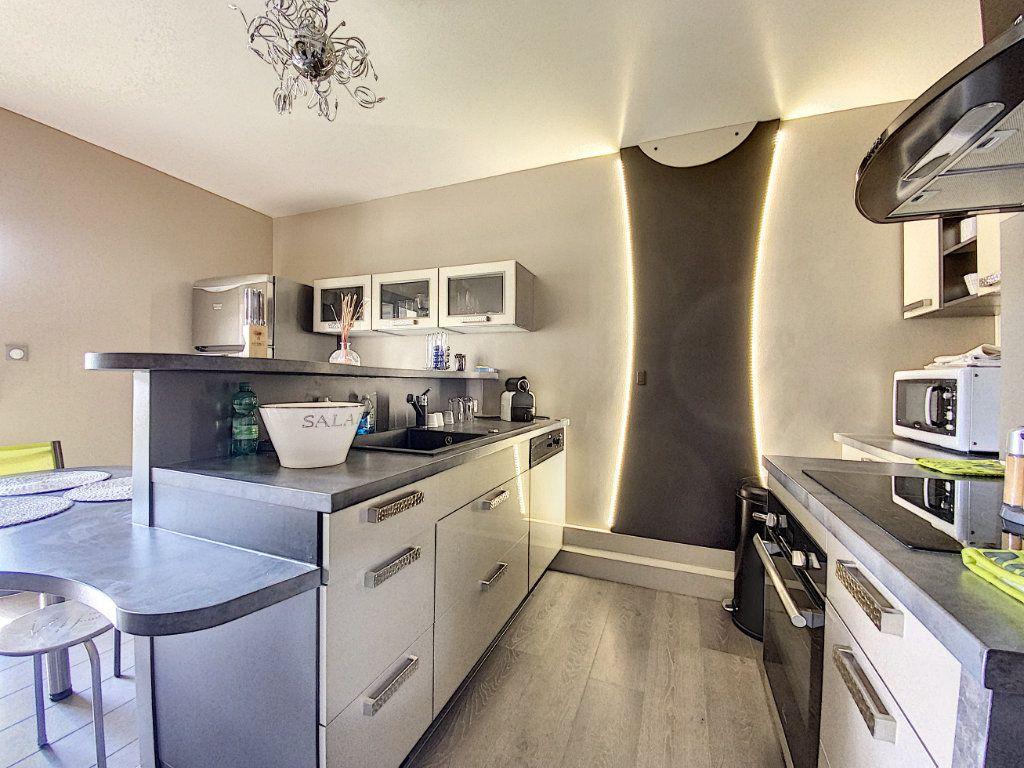 Appartement à vendre 3 68m2 à Aurillac vignette-10