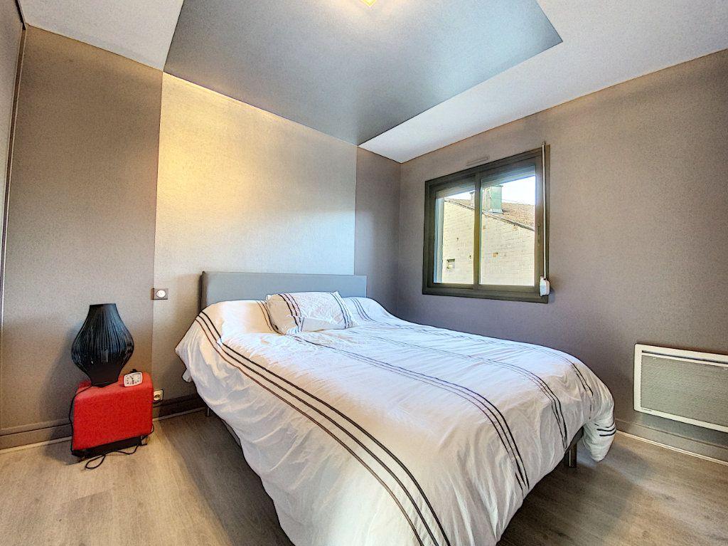 Appartement à vendre 3 68m2 à Aurillac vignette-12