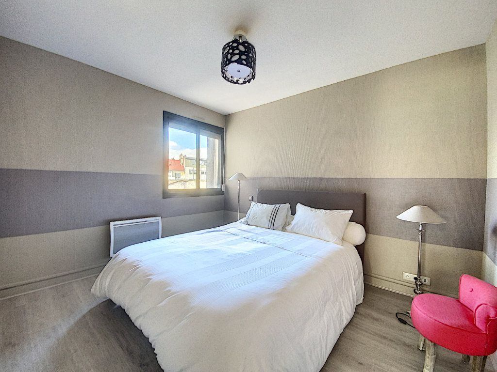 Appartement à vendre 3 68m2 à Aurillac vignette-13