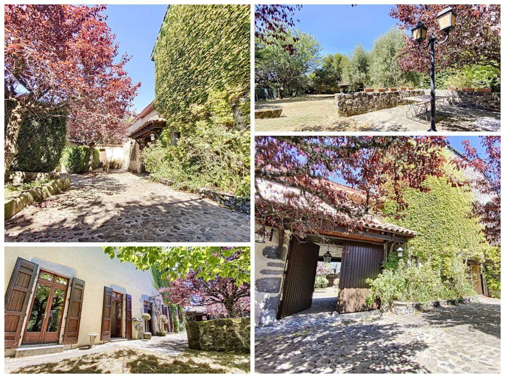 Maison à vendre 15 700m2 à Aurillac vignette-2