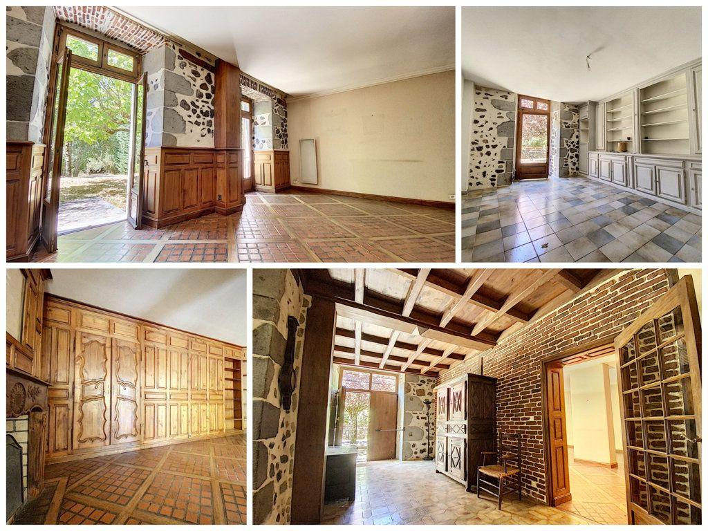 Maison à vendre 15 700m2 à Aurillac vignette-3