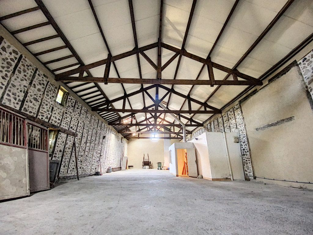 Maison à vendre 15 700m2 à Aurillac vignette-7