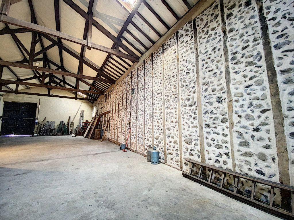 Maison à vendre 15 700m2 à Aurillac vignette-8