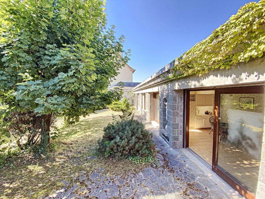 Maison à vendre 15 700m2 à Aurillac vignette-10