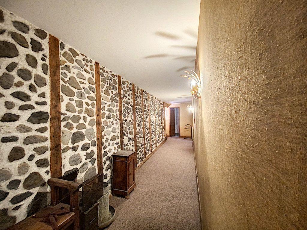 Maison à vendre 15 700m2 à Aurillac vignette-14