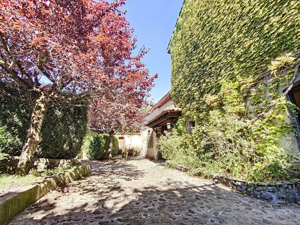 Maison à vendre 15 700m2 à Aurillac vignette-15