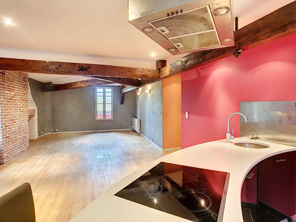 Appartement à vendre 3 94m2 à Aurillac vignette-1