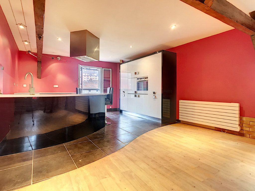 Appartement à vendre 3 94m2 à Aurillac vignette-2