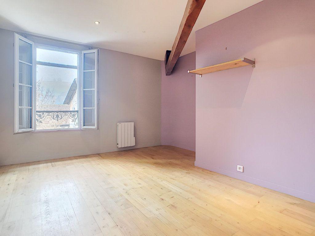 Appartement à vendre 3 94m2 à Aurillac vignette-4