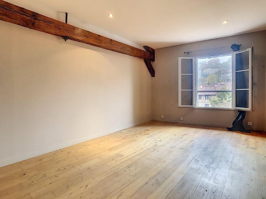 Appartement à vendre 3 94m2 à Aurillac vignette-5