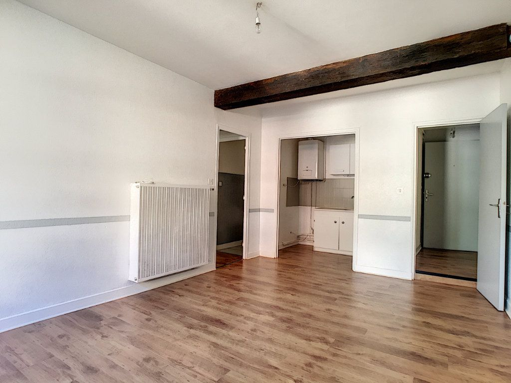 Appartement à louer 2 41.51m2 à Aurillac vignette-2