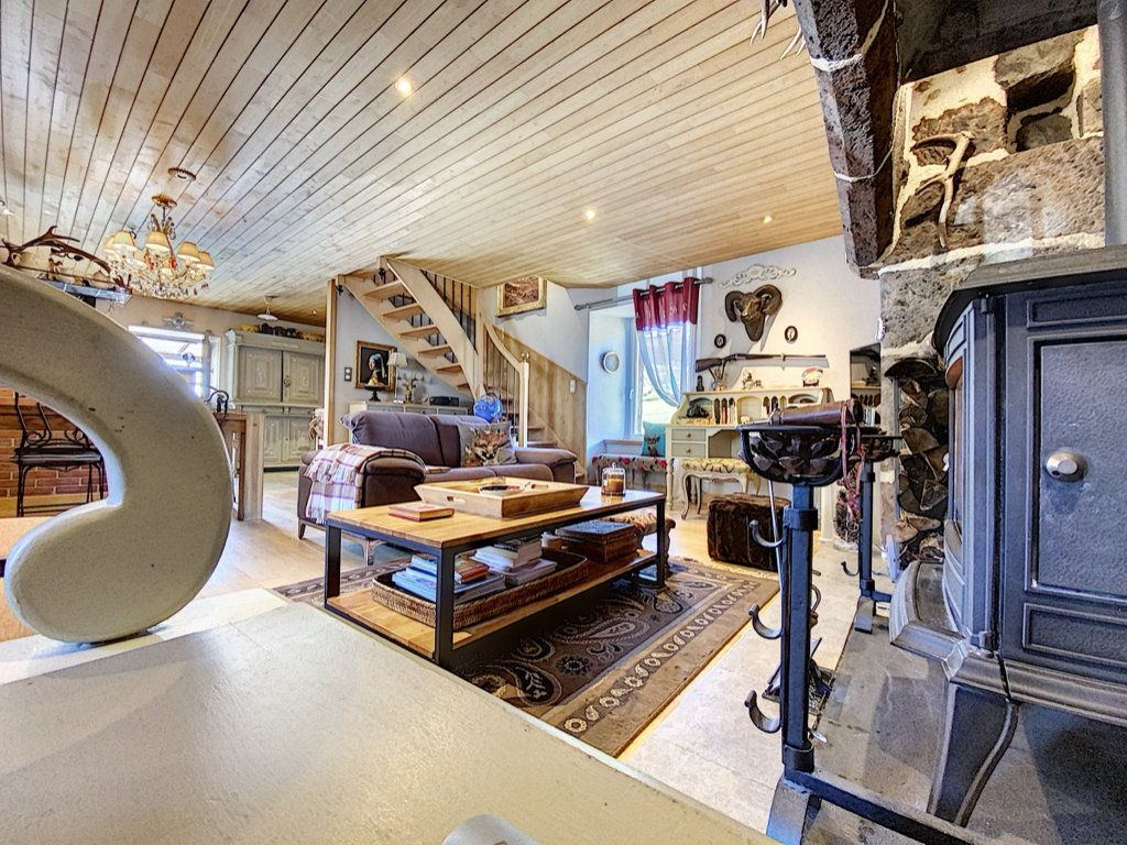 Maison à vendre 6 168m2 à Mandailles-Saint-Julien vignette-14