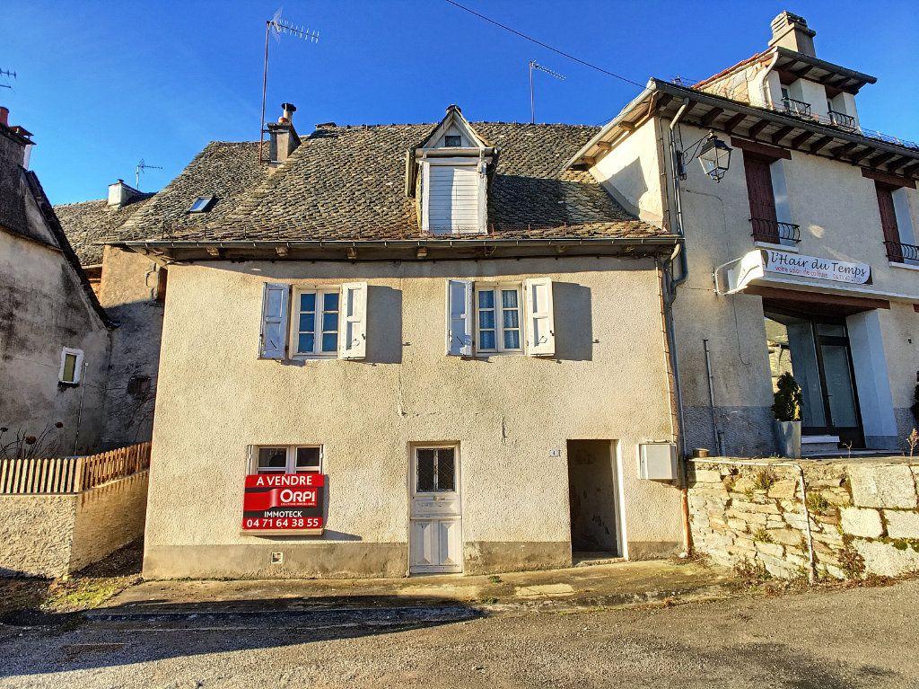 Maison à vendre 4 60m2 à Montsalvy vignette-1