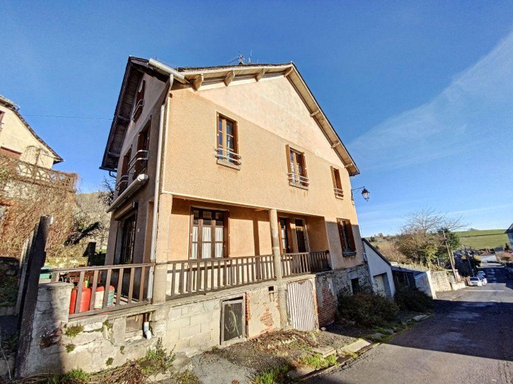 Maison à vendre 5 100m2 à Montsalvy vignette-2