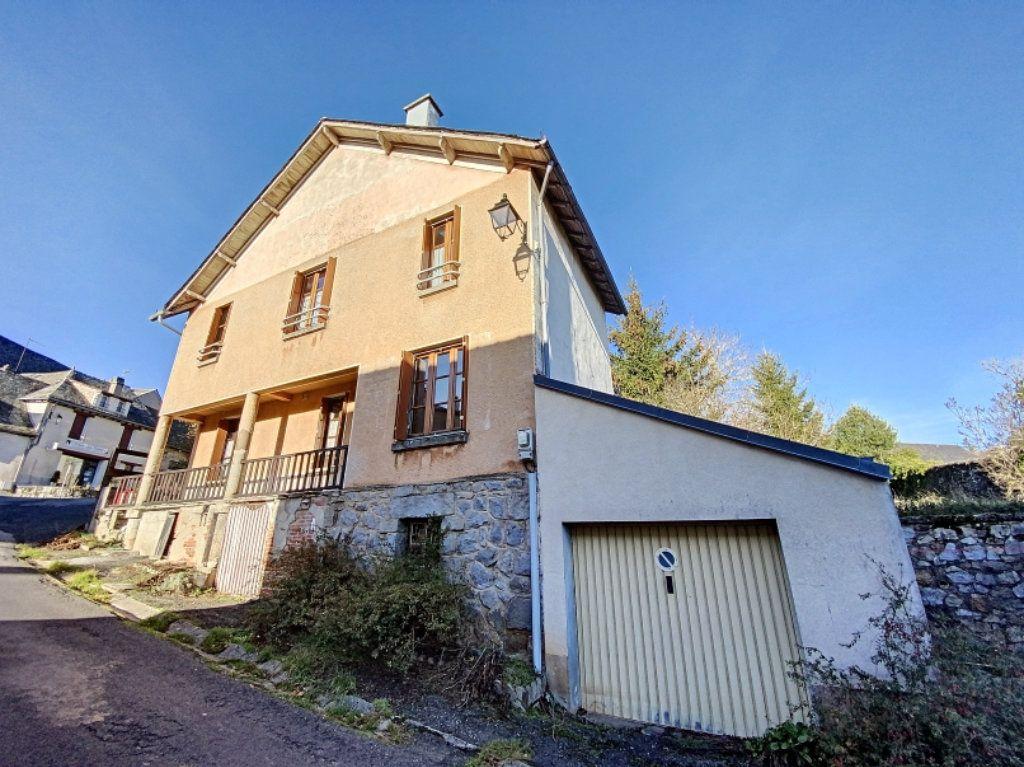Maison à vendre 5 100m2 à Montsalvy vignette-3