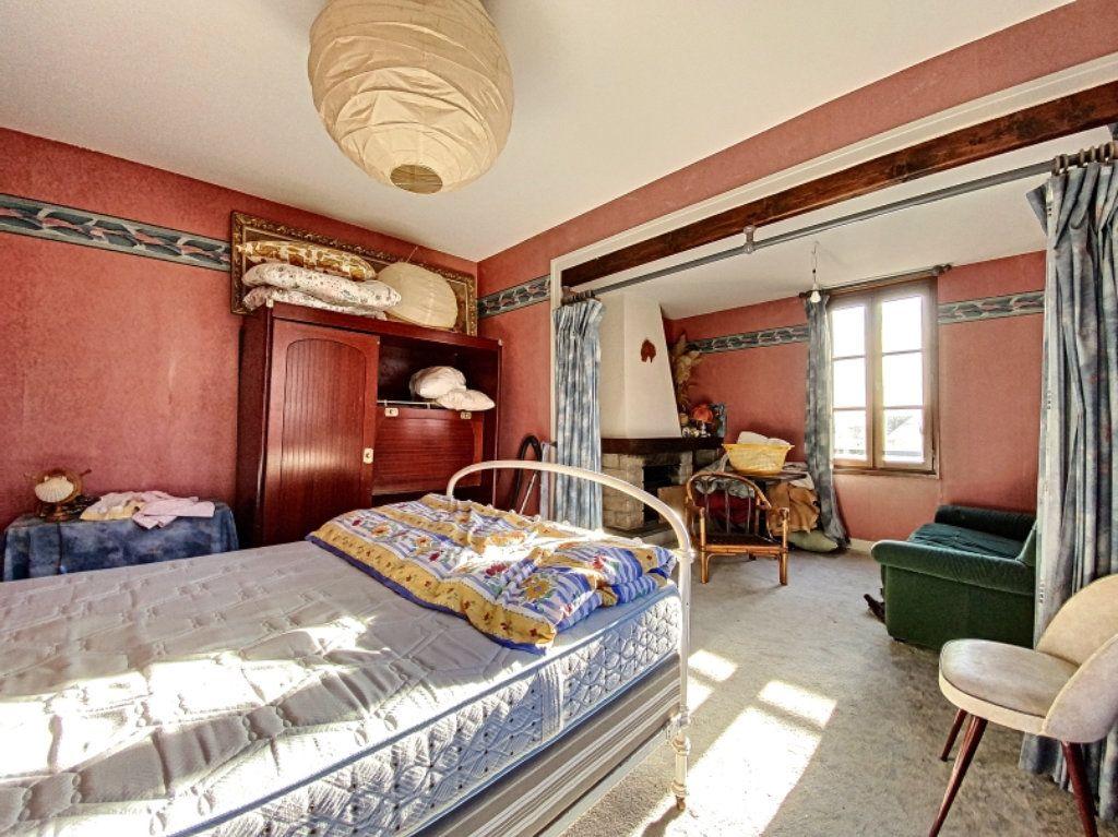 Maison à vendre 5 100m2 à Montsalvy vignette-9