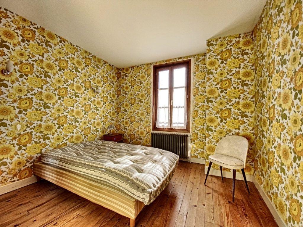 Maison à vendre 5 100m2 à Montsalvy vignette-10