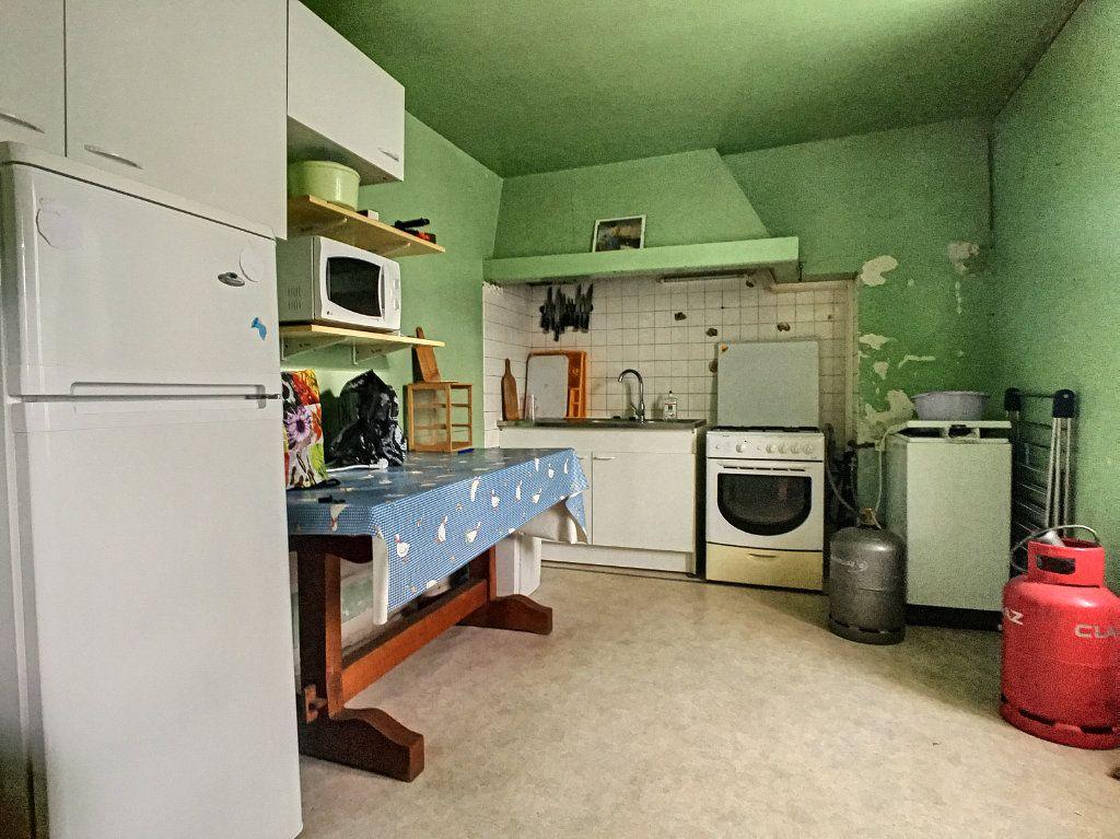 Maison à vendre 5 105m2 à Saint-Santin-Cantalès vignette-7