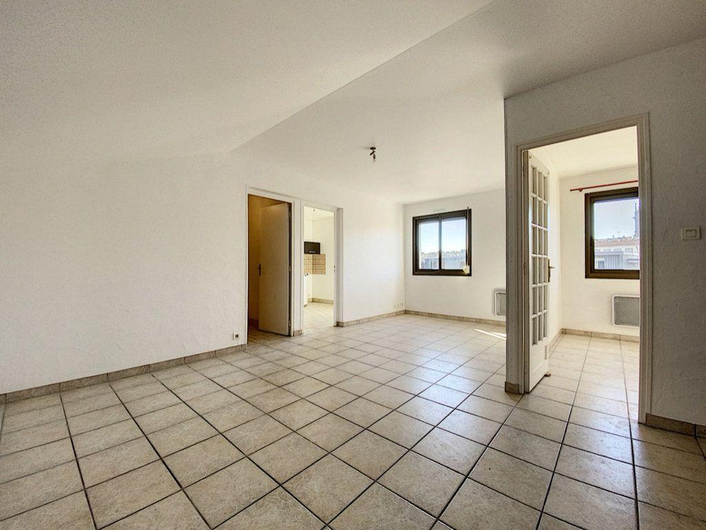 Appartement à vendre 2 50.36m2 à Aurillac vignette-2