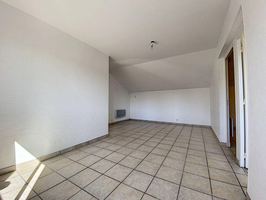 Appartement à vendre 2 50.36m2 à Aurillac vignette-4