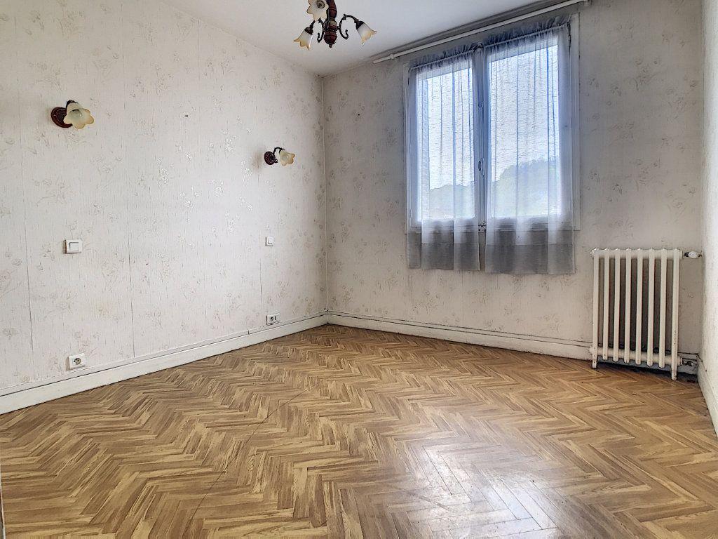 Appartement à vendre 3 56m2 à Aurillac vignette-6