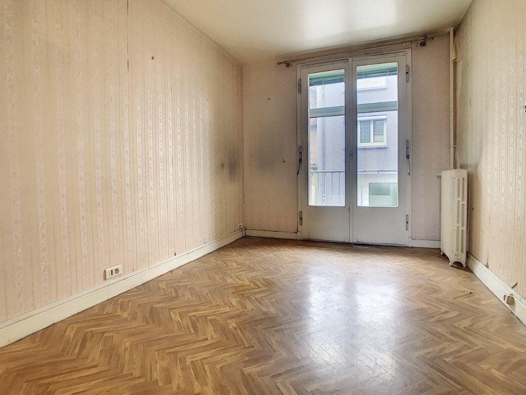 Appartement à vendre 3 56m2 à Aurillac vignette-7