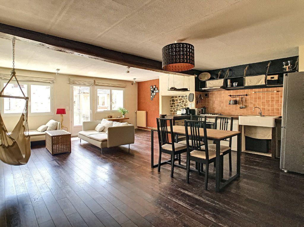 Appartement à vendre 3 91.5m2 à Aurillac vignette-1