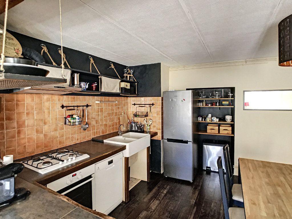 Appartement à vendre 3 91.5m2 à Aurillac vignette-2