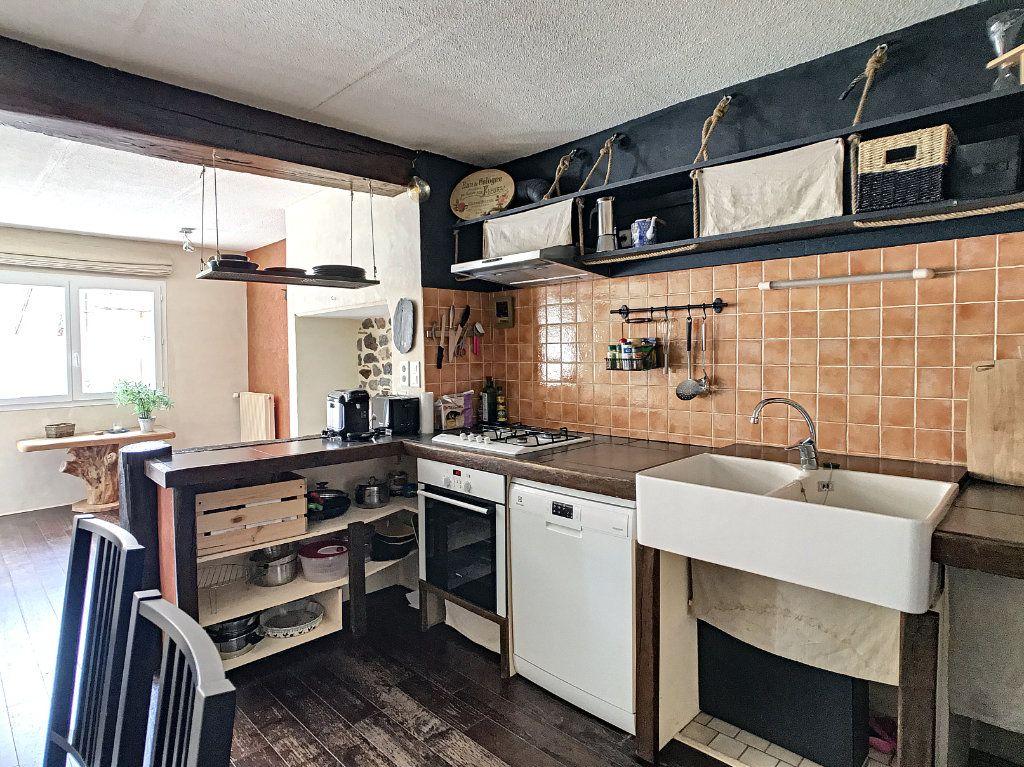 Appartement à vendre 3 91.5m2 à Aurillac vignette-3