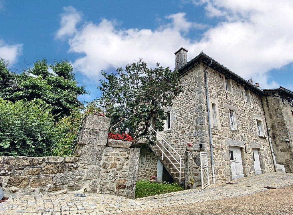 Maison à vendre 3 64m2 à Marcolès vignette-1