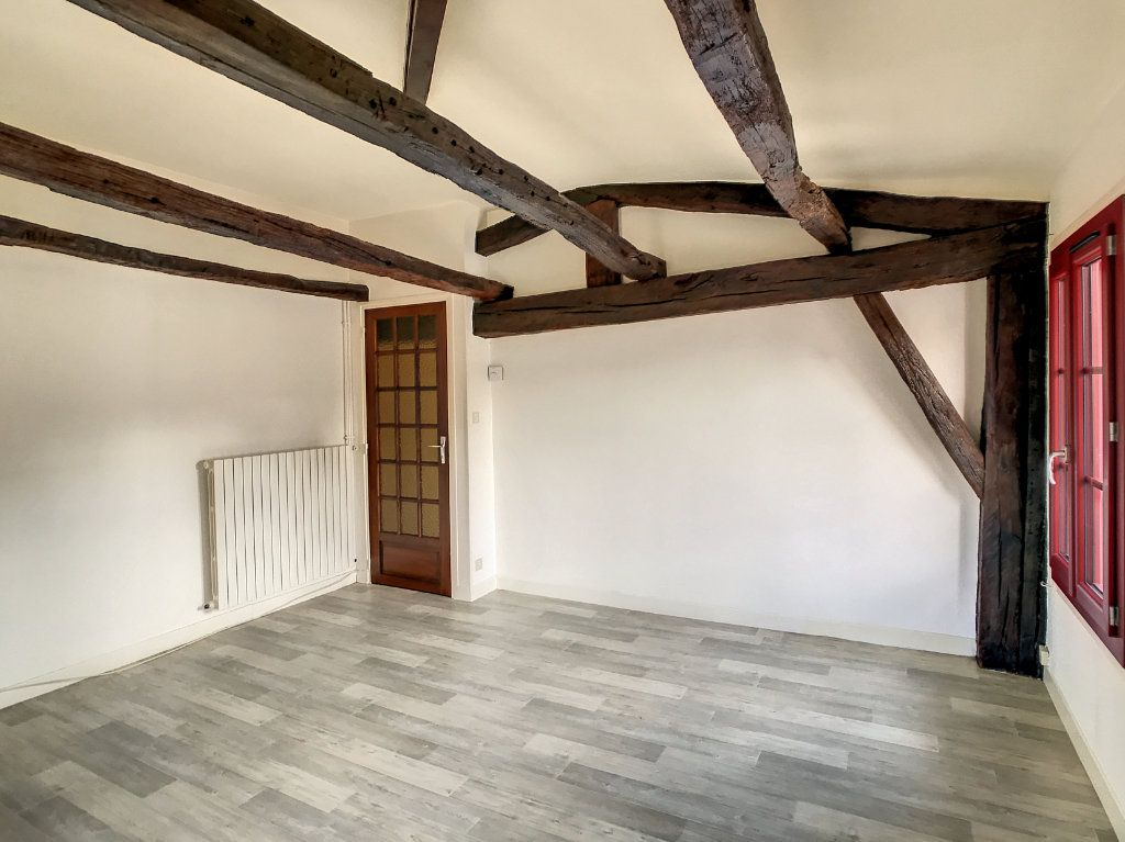 Appartement à louer 3 54.79m2 à Aurillac vignette-5