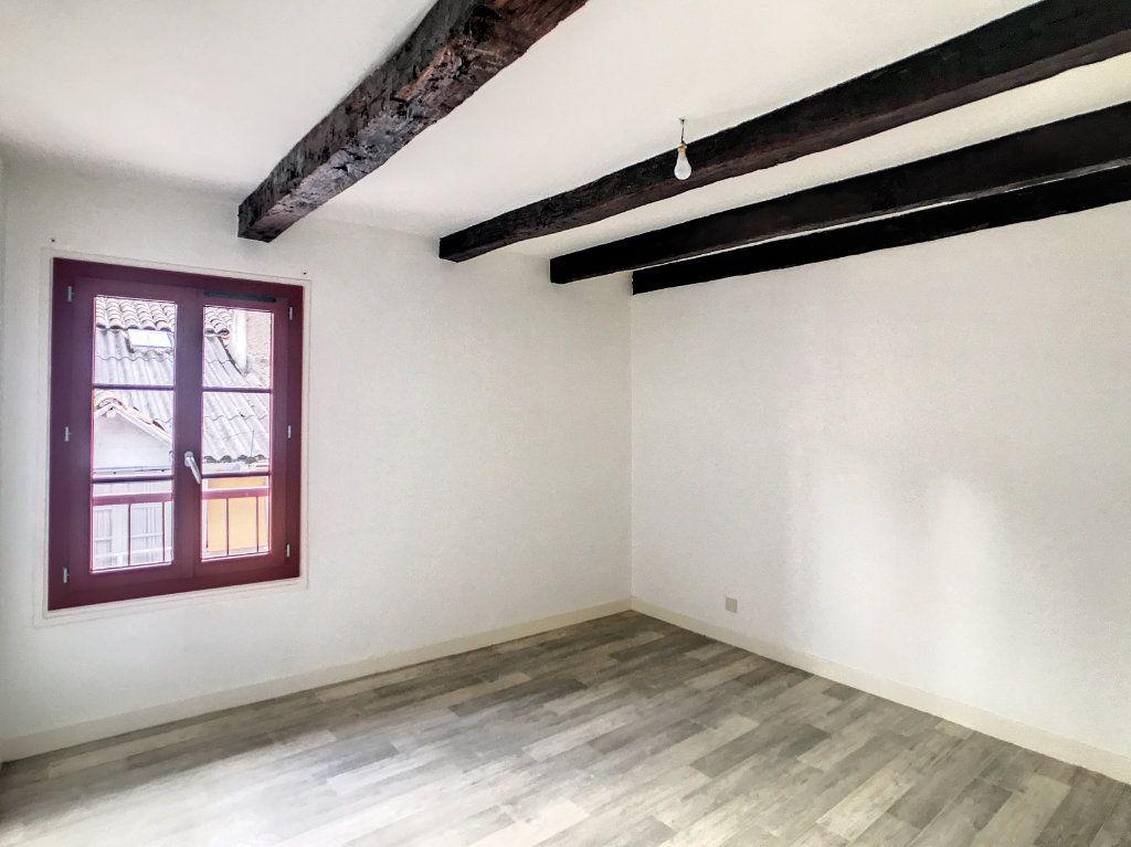 Appartement à louer 3 54.79m2 à Aurillac vignette-10
