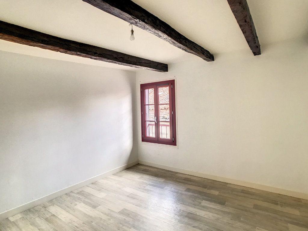 Appartement à louer 3 54.79m2 à Aurillac vignette-11