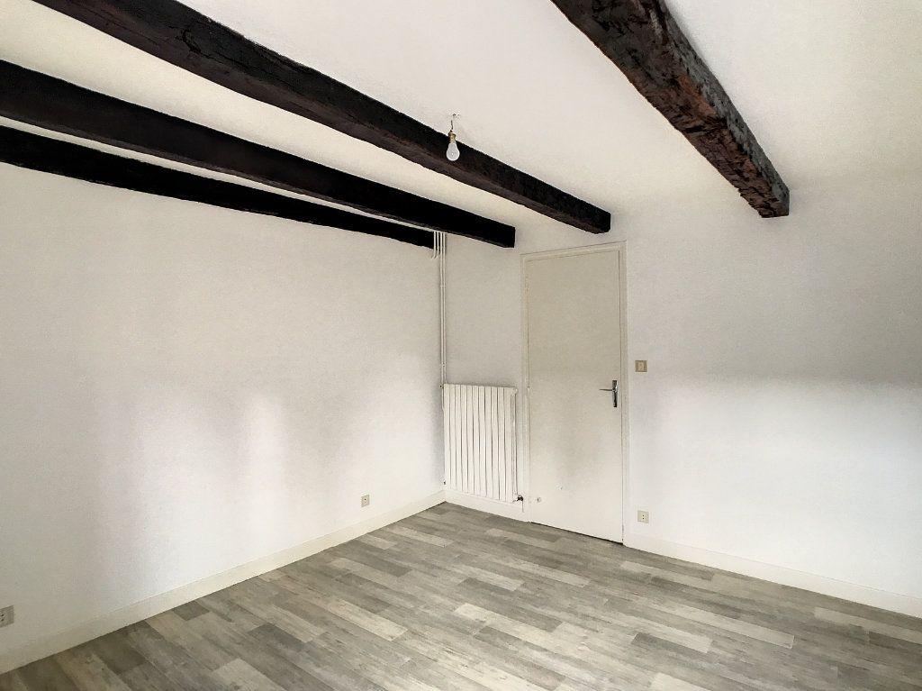Appartement à louer 3 54.79m2 à Aurillac vignette-12