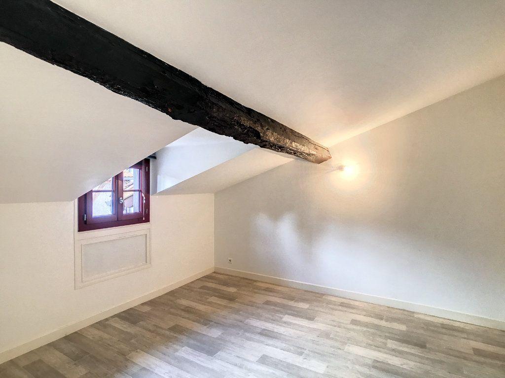 Appartement à louer 3 54.79m2 à Aurillac vignette-16
