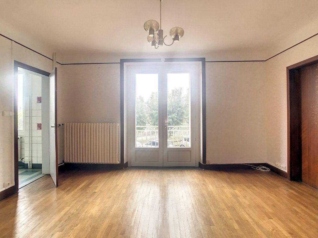 Appartement à louer 4 79.22m2 à Le Rouget vignette-4