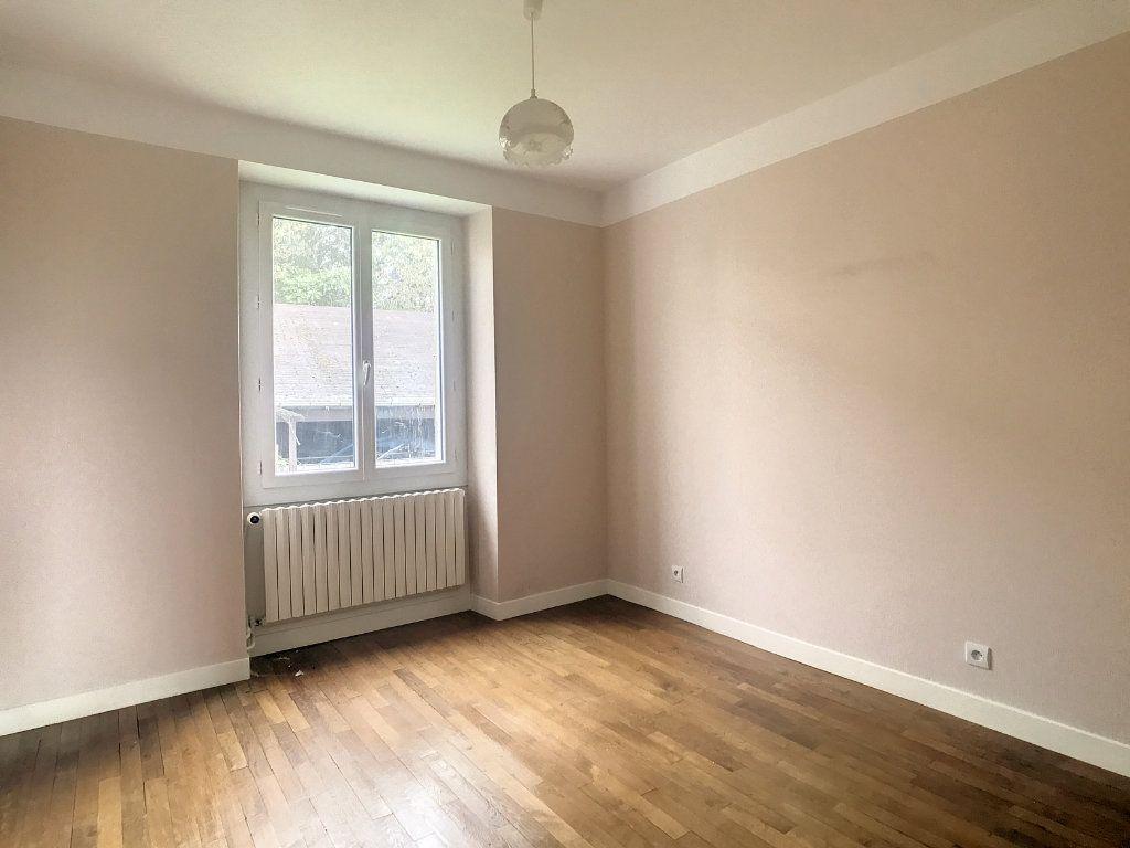 Appartement à louer 4 79.22m2 à Le Rouget vignette-7