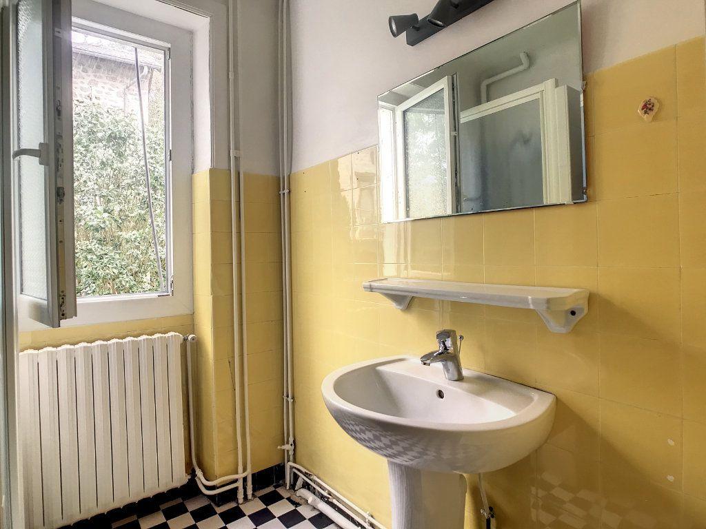 Appartement à louer 4 79.22m2 à Le Rouget vignette-8