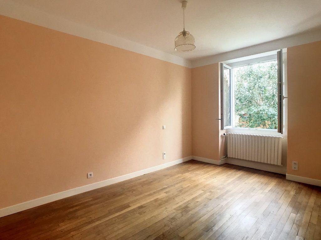 Appartement à louer 4 79.22m2 à Le Rouget vignette-9