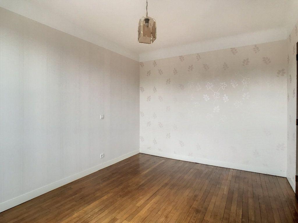 Appartement à louer 4 79.22m2 à Le Rouget vignette-11