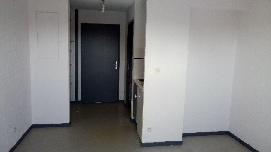 Appartement à louer 1 20.69m2 à Lattes vignette-4