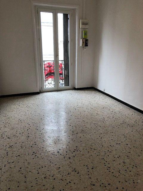 Appartement à louer 3 52m2 à Montpellier vignette-4