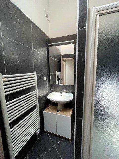 Maison à louer 3 69.15m2 à Montpellier vignette-5